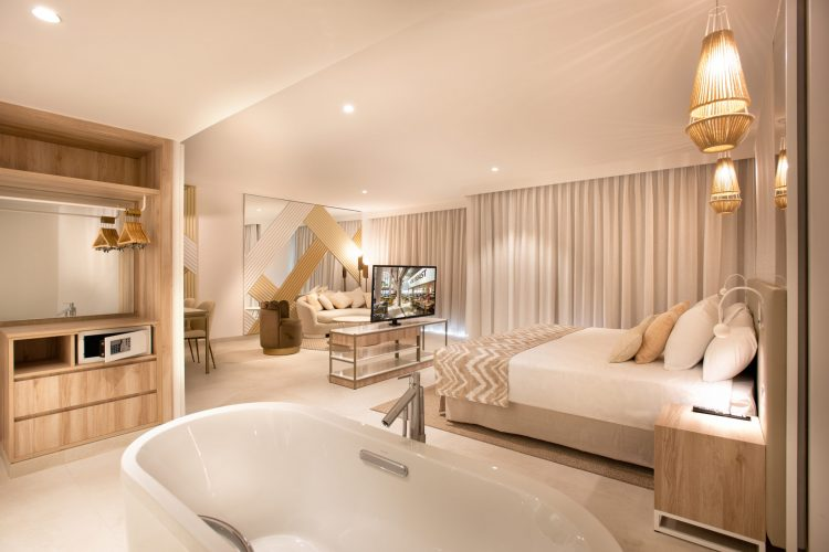 hotel_guayarmina_essenthiacontract